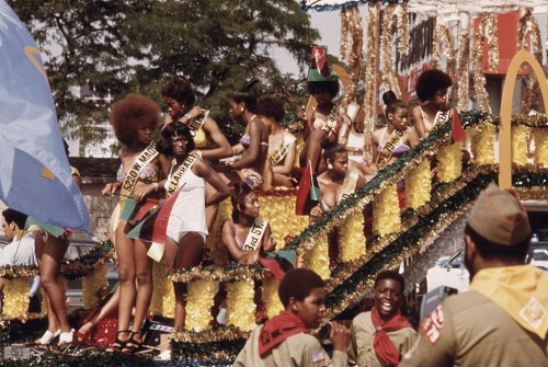 Participants on a float during the Bud Billiken Day parade along Dr. Martin L. King Jr. Drive, August 1973
