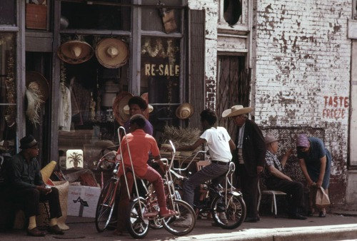 Sidewalk merchandise on Chicago's South Side, June 1973.