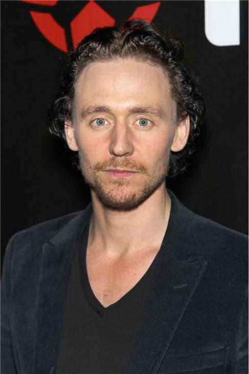 Tom Hiddleston x4